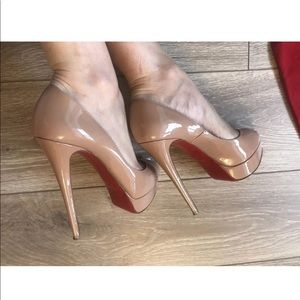 Louboutin Nude Lady Peep 150mm 39.5